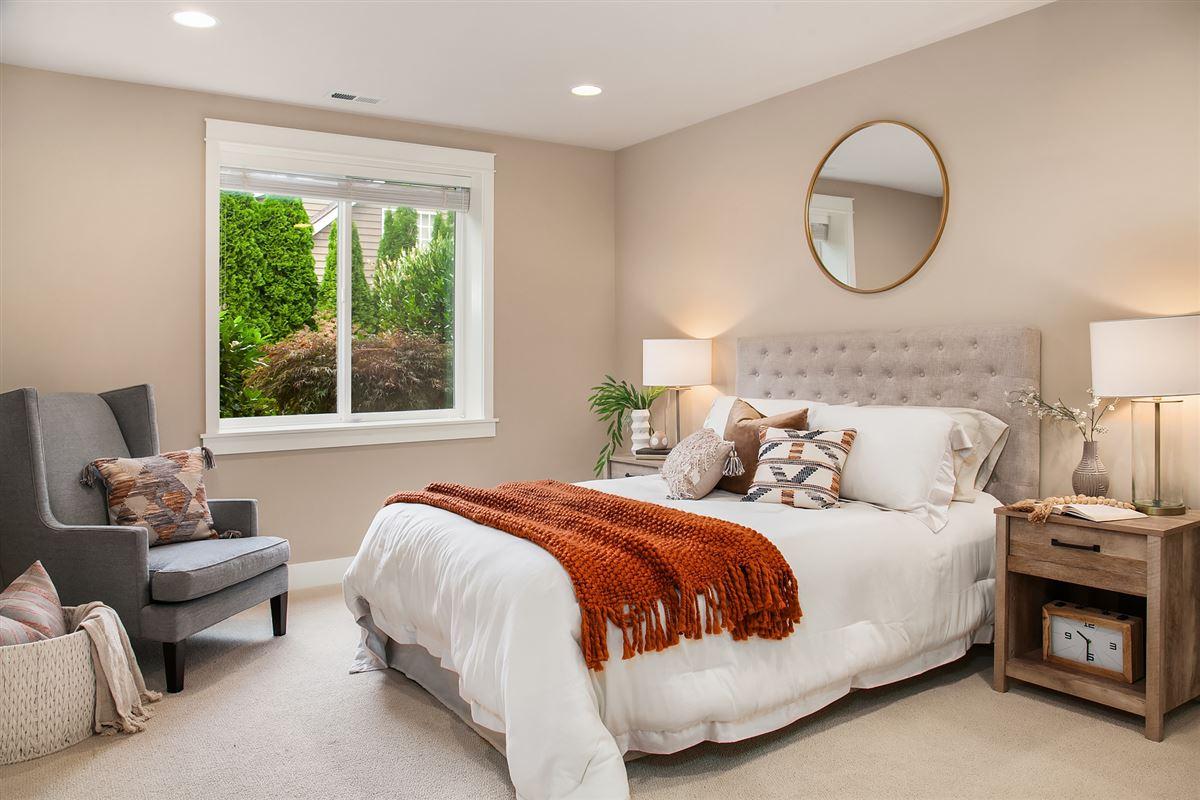 Luxury properties Distinctive Kirkland living