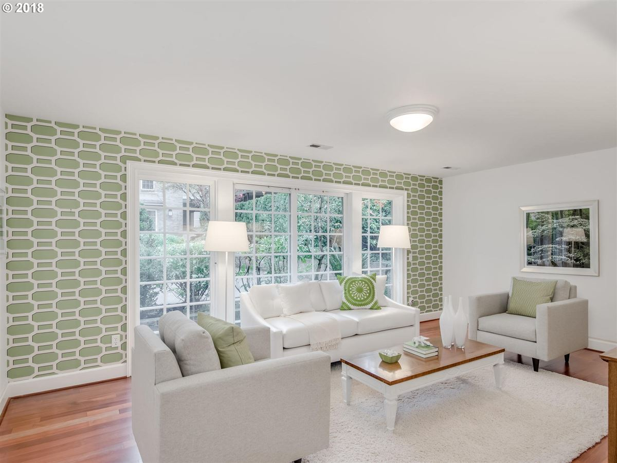 Luxury homes wonderful waterfront lifestyle