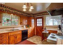 Luxury properties impressive bluff home