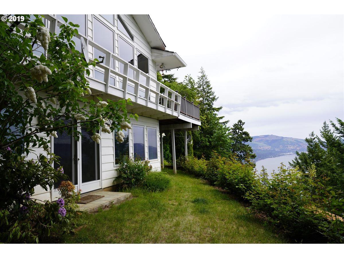 Luxury real estate impressive bluff home