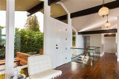 Luxury properties Mesmerizing Protected Views   Elegantly Re-imagined 2015-2018
