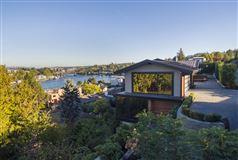 Luxury real estate Mesmerizing Protected Views   Elegantly Re-imagined 2015-2018