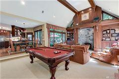 timeless elegance in coveted Gunshy Ridge luxury homes