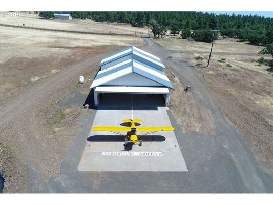 Exceptional Aerostone Airfield and Ranch luxury properties