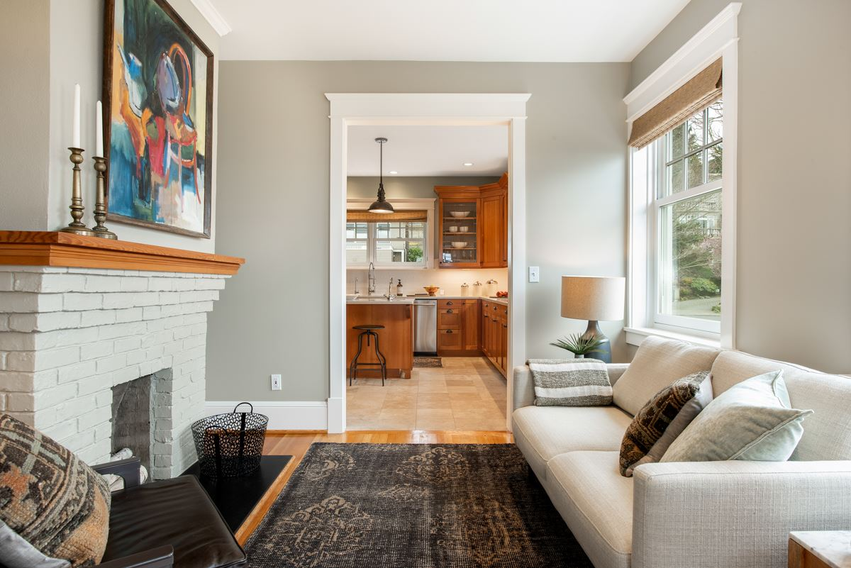Luxury real estate stately Queen Anne craftsman home