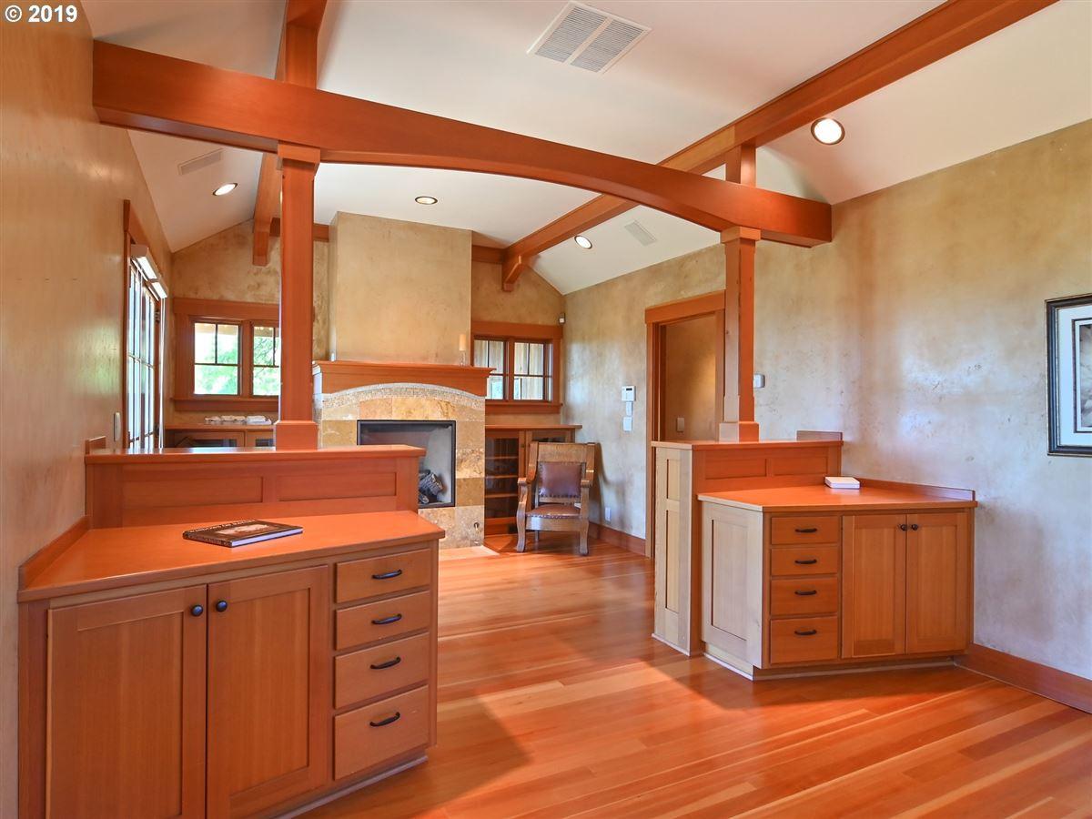 custom craftsman on 22 acres mansions