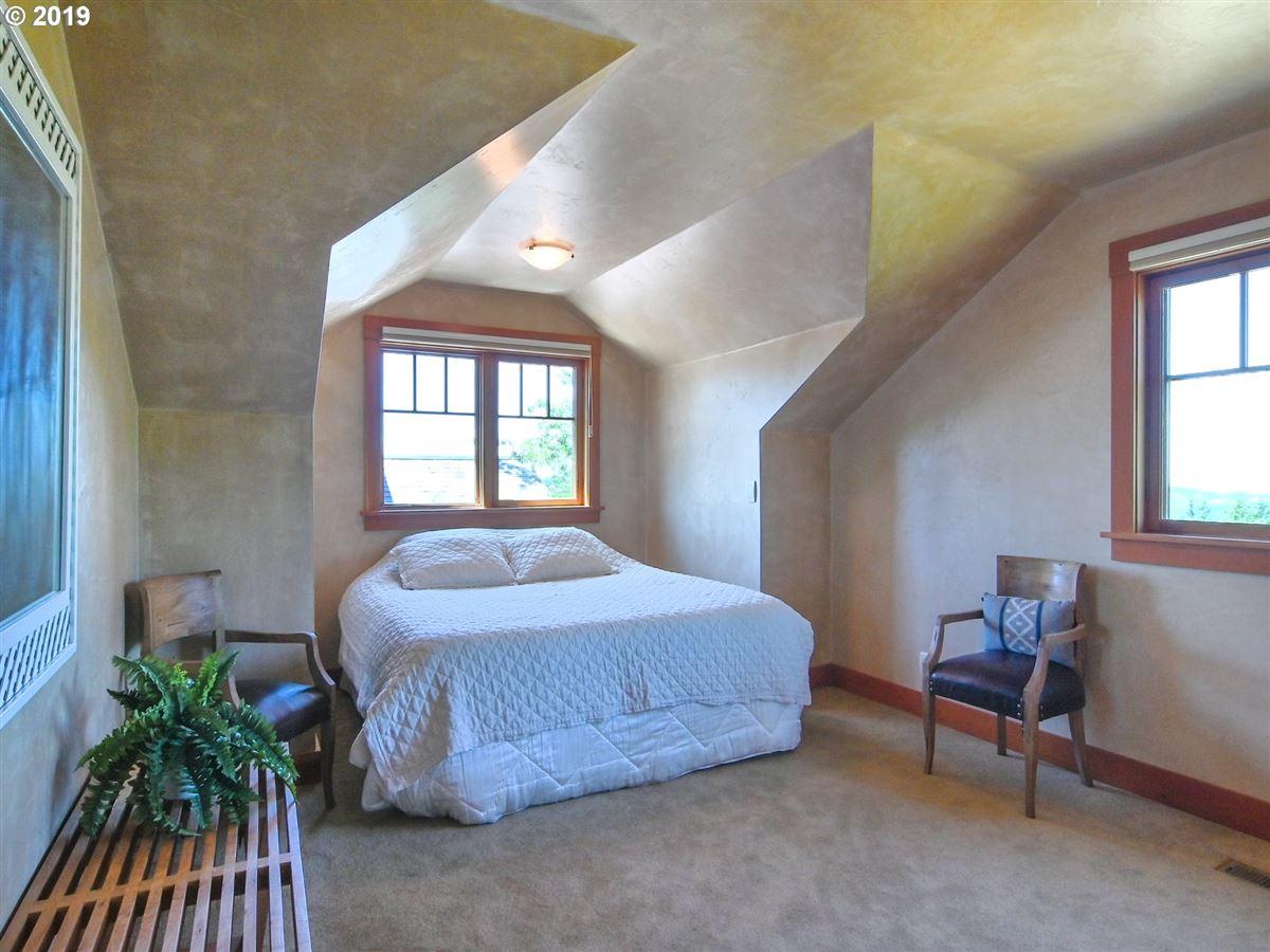 Luxury properties custom craftsman on 22 acres