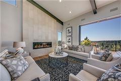 Luxury real estate An alluring work of art in Washington Park