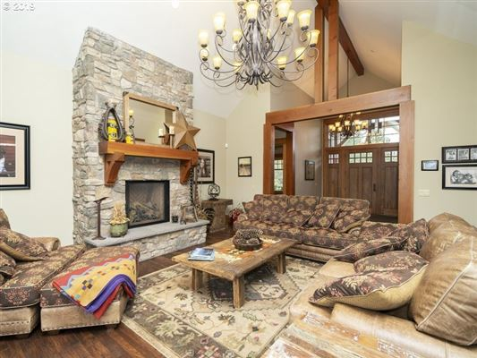 Luxury real estate grand and inviting luxury home
