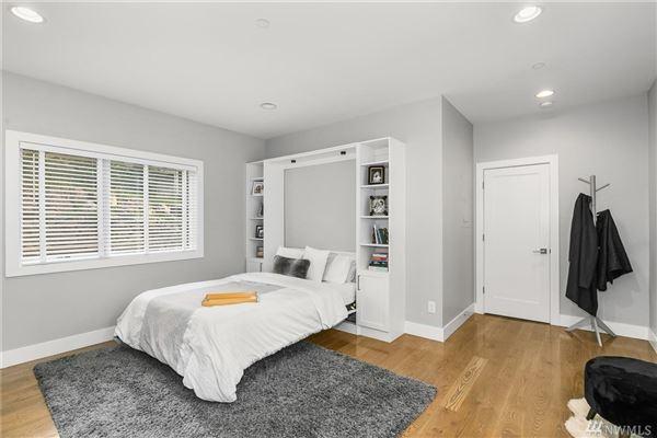 sprawling custom home in Spectacular Killarney Circle location luxury real estate