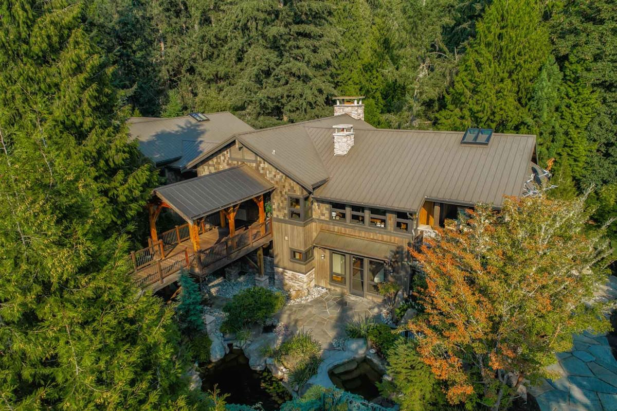 Enchanting estate on Historic Red Brick Road luxury real estate