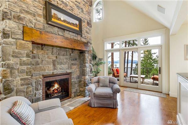 Stunning Waterview Estate luxury homes