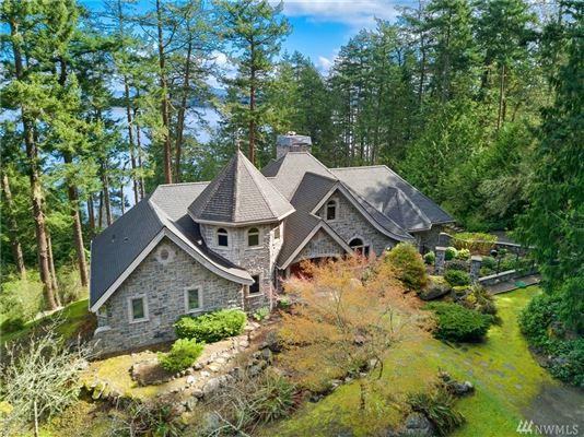 Stunning Waterview Estate mansions