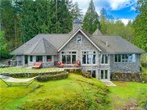Mansions Stunning Waterview Estate