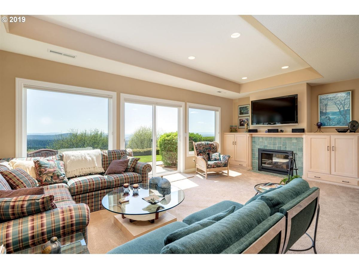 Luxury properties exquisite details and jaw-dropping views