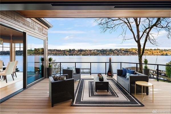 Timeless and Refined low bank waterfront home mansions