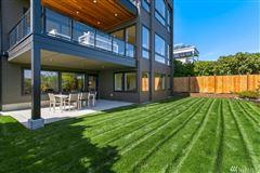 Mansions in Seattles premier neighborhoods