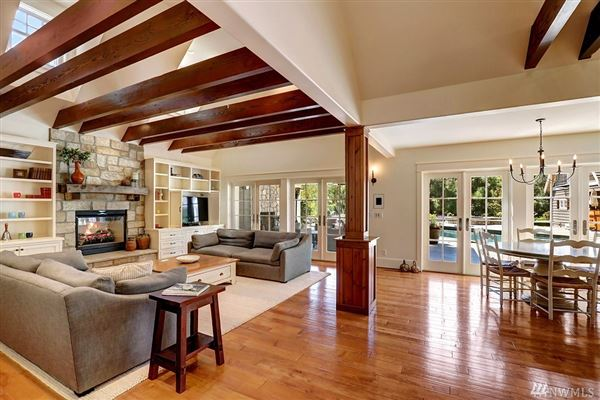 Custom built home on two-plus acres in Woodway Park luxury homes