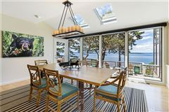 Views of Vancouver Island & beyond luxury homes