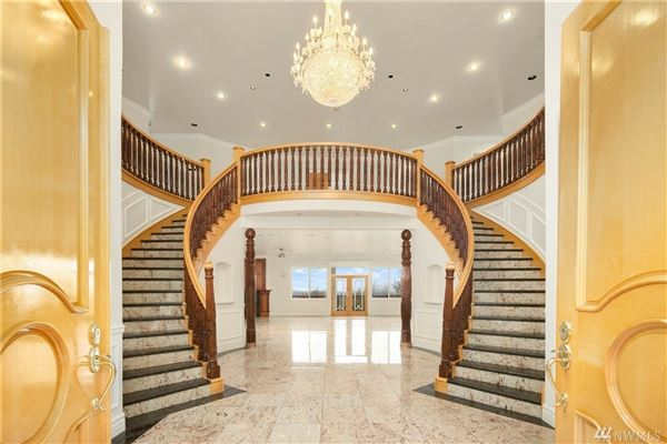 A luxury estate of legendary proportions luxury homes