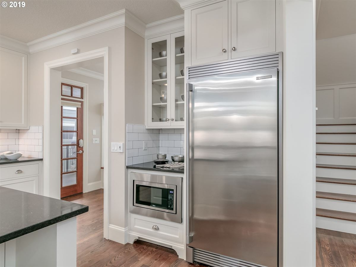 Mansions in Rare newer home in Irvington