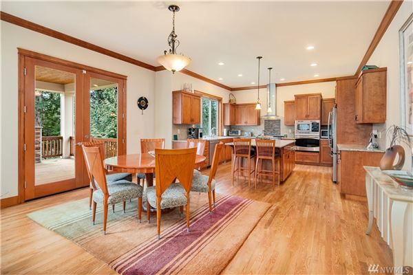 Pristine home on a three acre lot luxury homes
