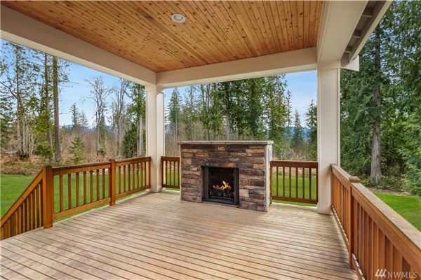 Luxury properties Pristine home on a three acre lot