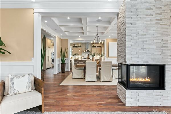 The quintessential Mercer Island lifestyle mansions