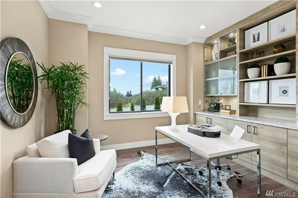 Mansions in The quintessential Mercer Island lifestyle