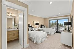 Luxury homes The quintessential Mercer Island lifestyle