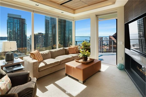exquisite sky home with stunning views luxury properties