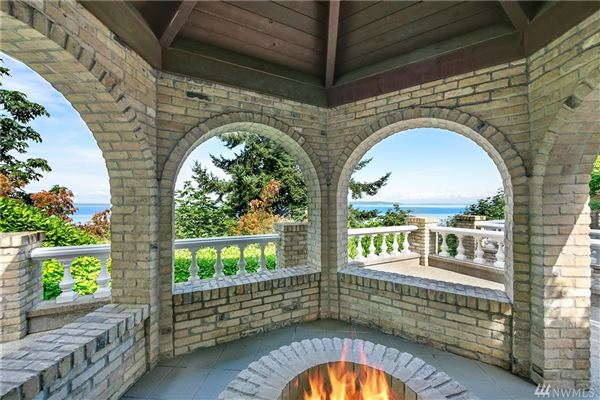 Luxury properties home Perched above Puget Sound