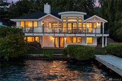 Stunning Carriage style waterfront property mansions
