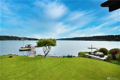 exceptional waterfront living luxury properties