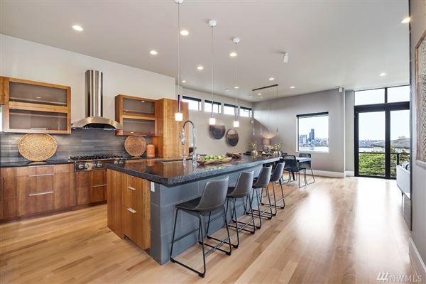 Luxury real estate stunning modern architecture
