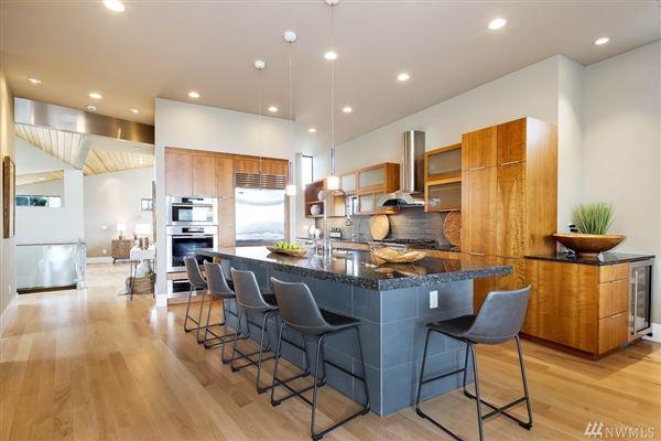Luxury properties stunning modern architecture