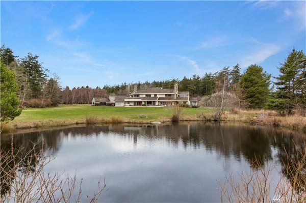 breathtaking Pacific Northwest waterfront estate luxury homes