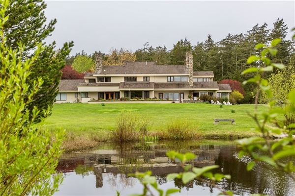Luxury real estate breathtaking Pacific Northwest waterfront estate