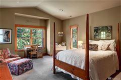 Come escape to Elk Ridge Estate mansions