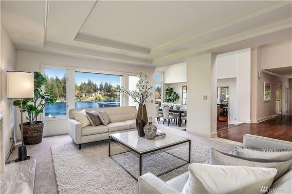 Luxury properties Luminous Waterfront Luxury Home