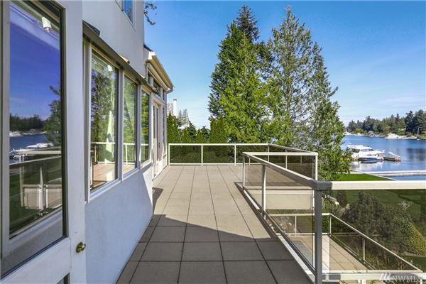 Luminous Waterfront Luxury Home luxury homes