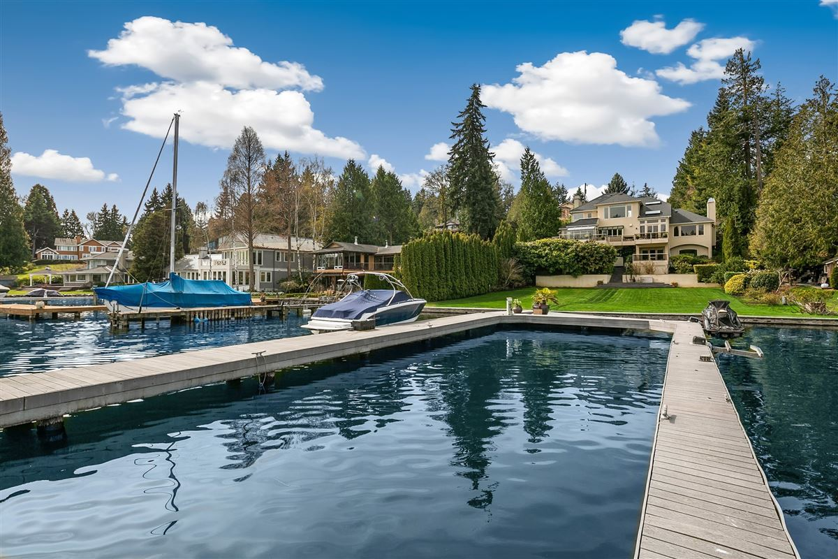 Luxury homes in Luminous Waterfront Luxury Home