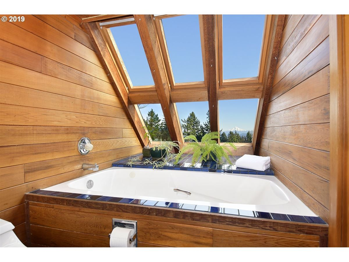designed by renowned architect luxury homes