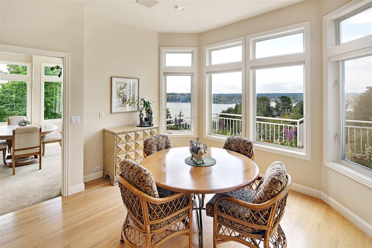 Panoramic Lake Views on Mercer Island luxury homes