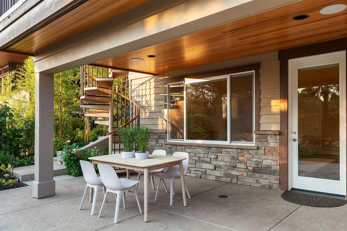 Luxury properties Northwest contemporary Set on a majestic landscape
