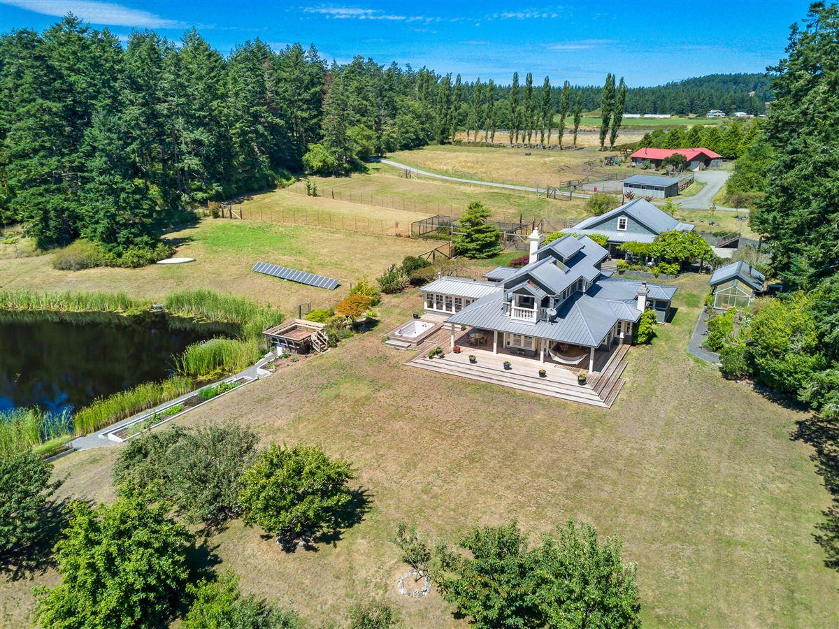 signature Lopez estate luxury properties