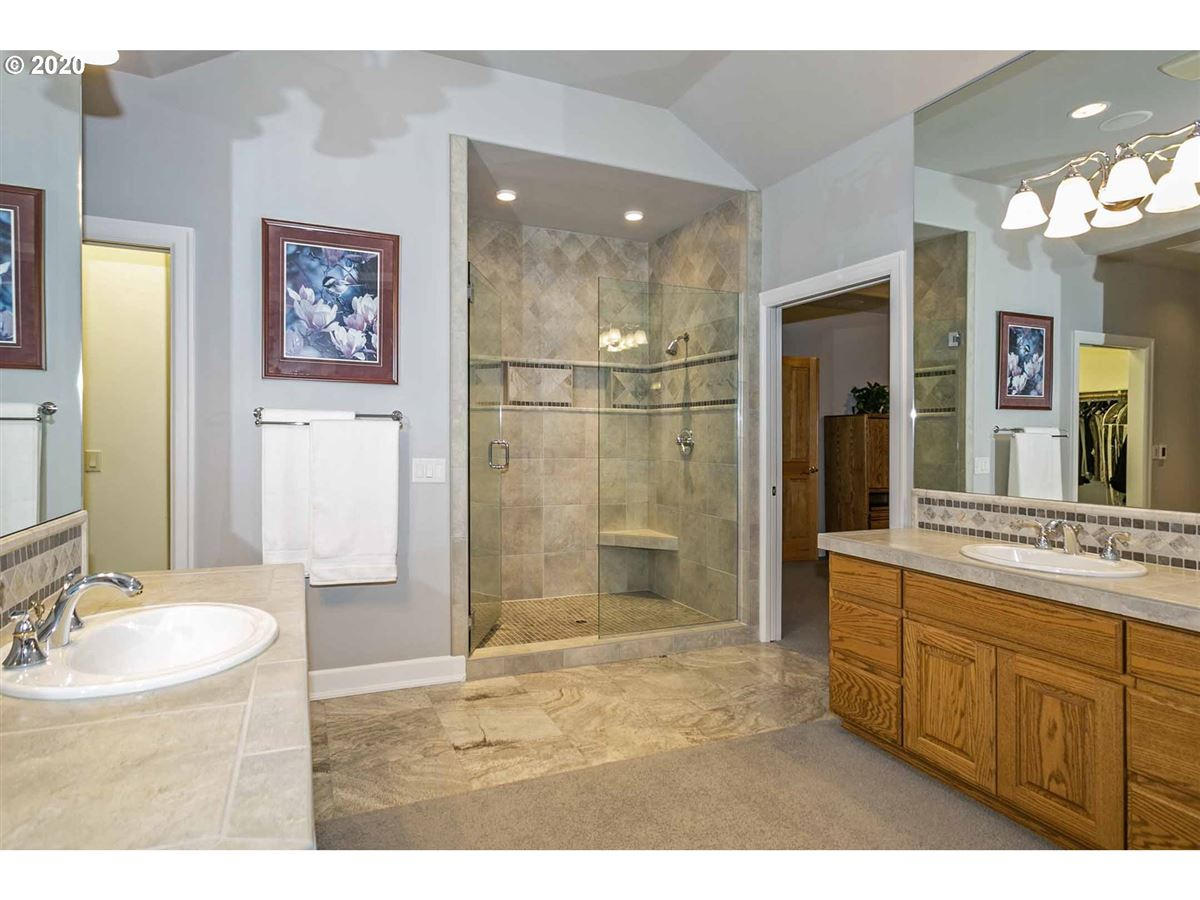 Luxury homes in refined tranquility in north plains