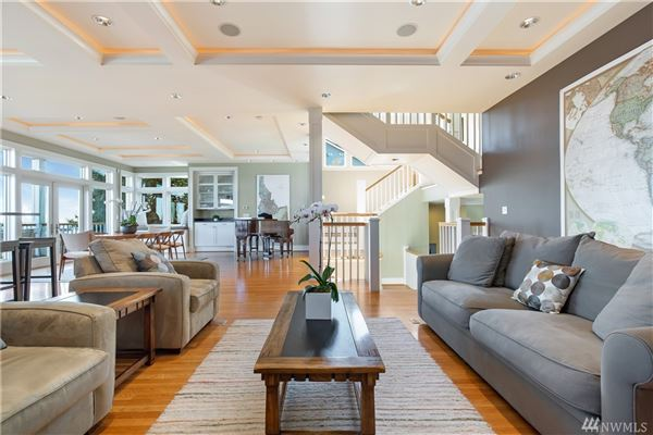 Perfection on Bigelow luxury real estate