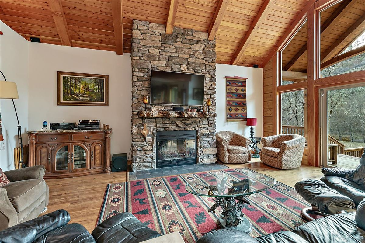Premier rural home on Big Butte Creek luxury real estate