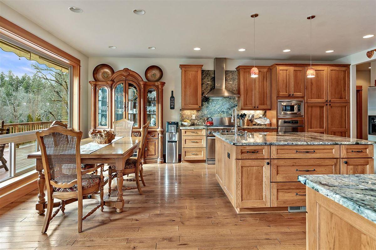Premier rural home on Big Butte Creek luxury properties